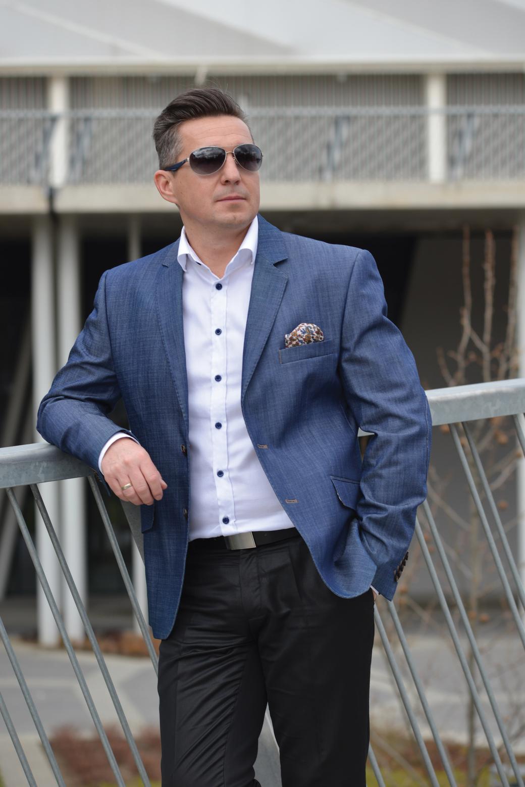 0d167dd5bc50 D-Trend öltöny egy vásárló szemszögéből - Pusztai Tibor